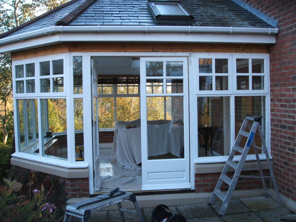 Rlm windows doors conservatories 100 feedback window for Windows doors and conservatories