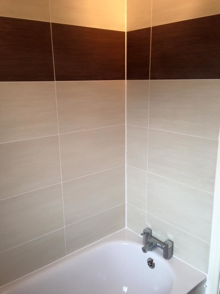 S williams installations 96 feedback tiler bathroom for Bathroom design qualification