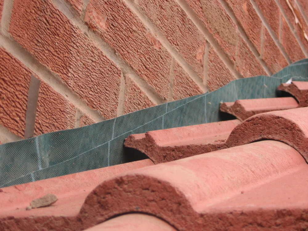 Cavity Tray Lead Flashing Ridge Tiling Brick Work