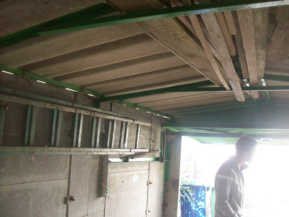 Removal Small Garage Roof Concrete Asbestos Tiles