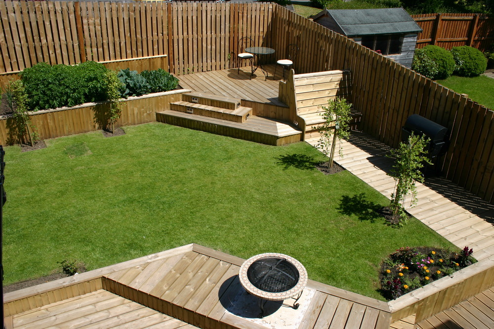 In detail joinery ltd 100 feedback carpenter joiner for Garden decking fencing