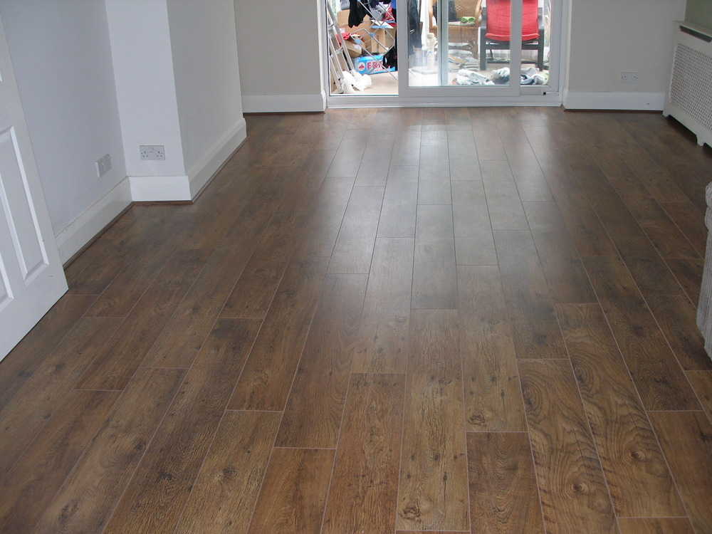 Living Rooms with Laminate Flooring