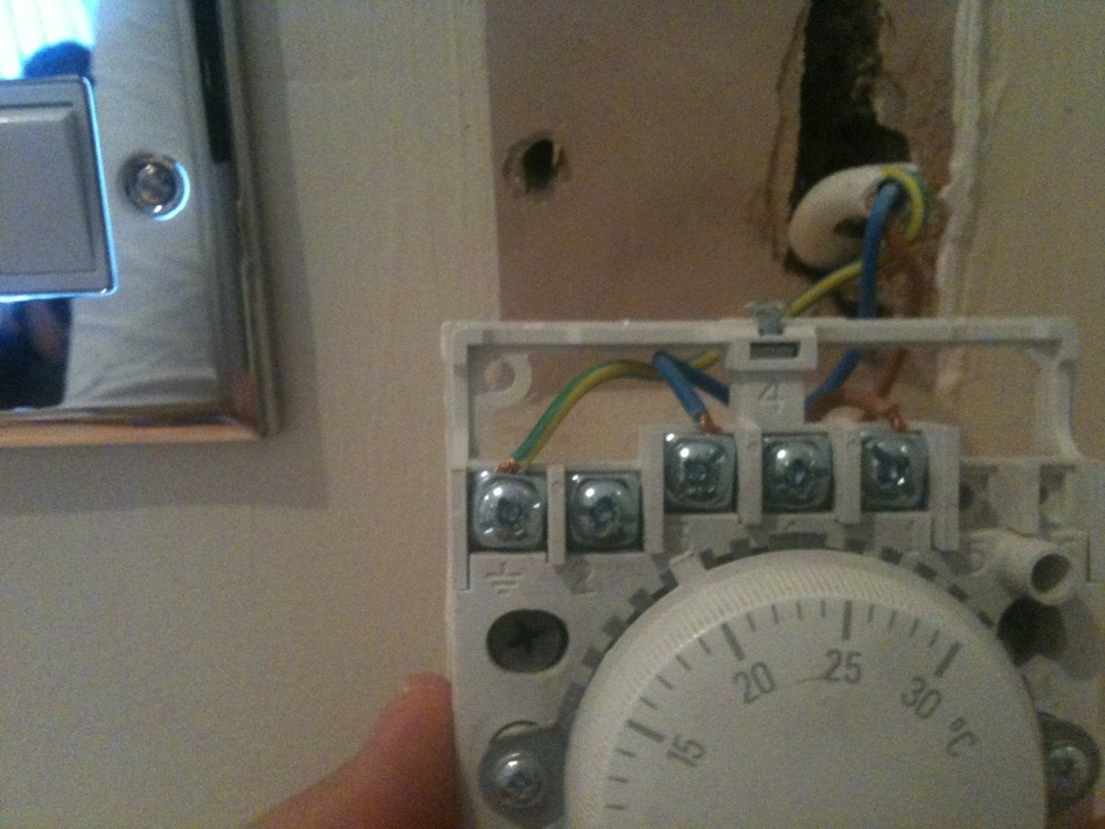 thermostat installation electrical job in west drayton middlesex rh mybuilder com honeywell t6360 room thermostat wiring diagram honeywell room thermostat wiring instructions