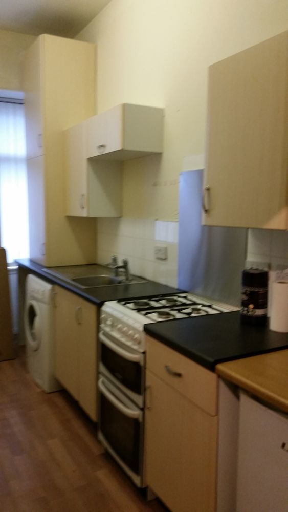 TCW Contracts 92 Feedback Kitchen Fitter Carpenter