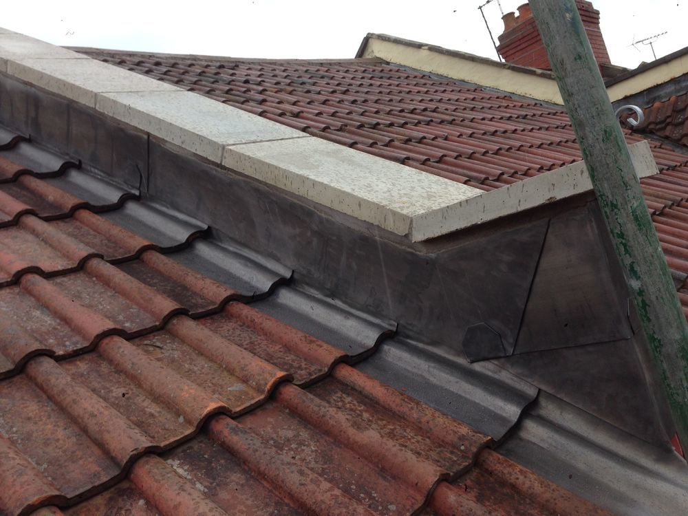 Evie Roofing Pitched Roofer Flat Roofer In Bristol