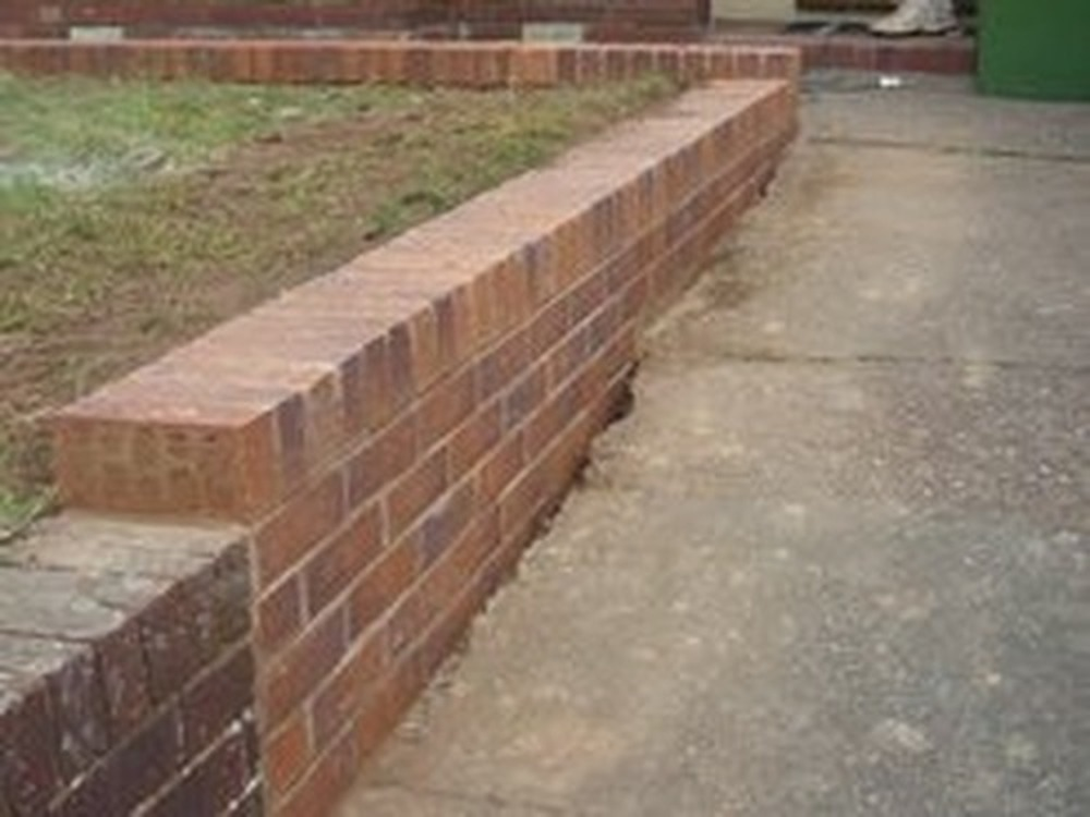 D r s building and maintenance bricklayer extension for Steep driveway construction