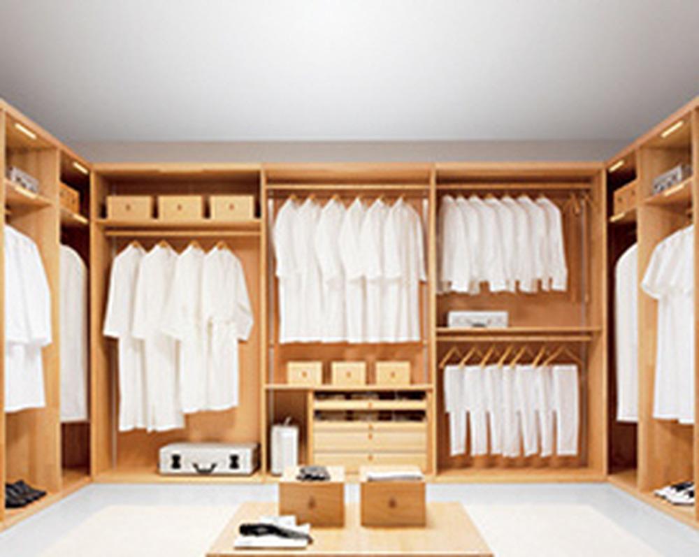 Build walk in wardrobe in bedroom carpentry joinery for Walk in wardrobe fittings