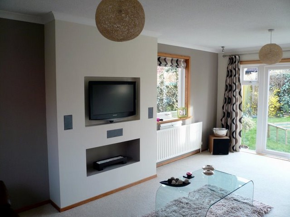 Insert Plasa Tv Into A Chimney Breast Plastering Job In