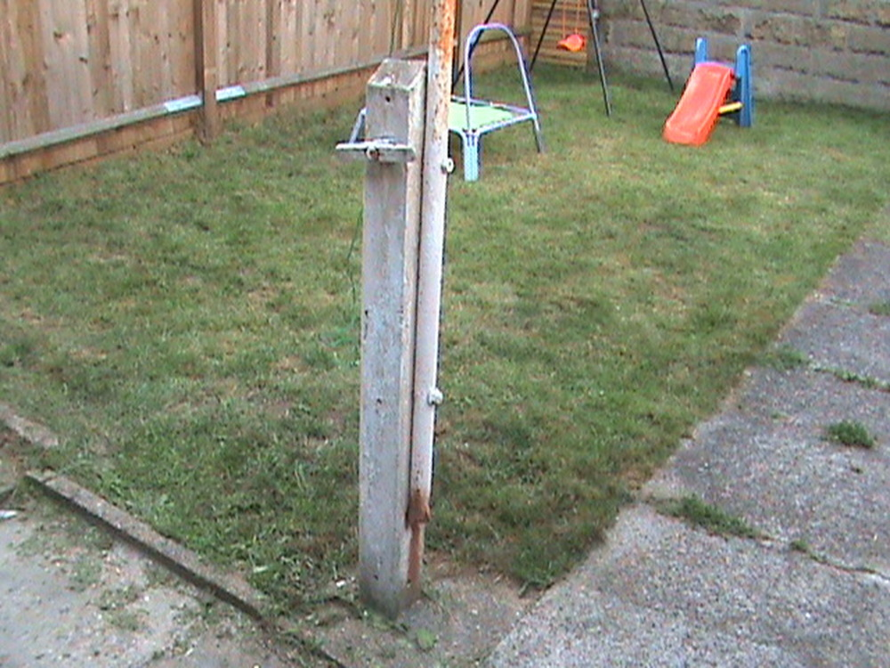 New Tall Washing Line Using Scaffold Poles Landscaping