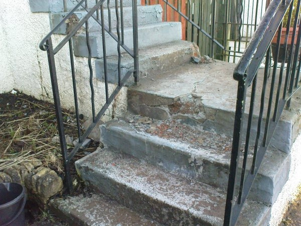 Concrete Steps Damaged By Frost Need Repair Groundwork