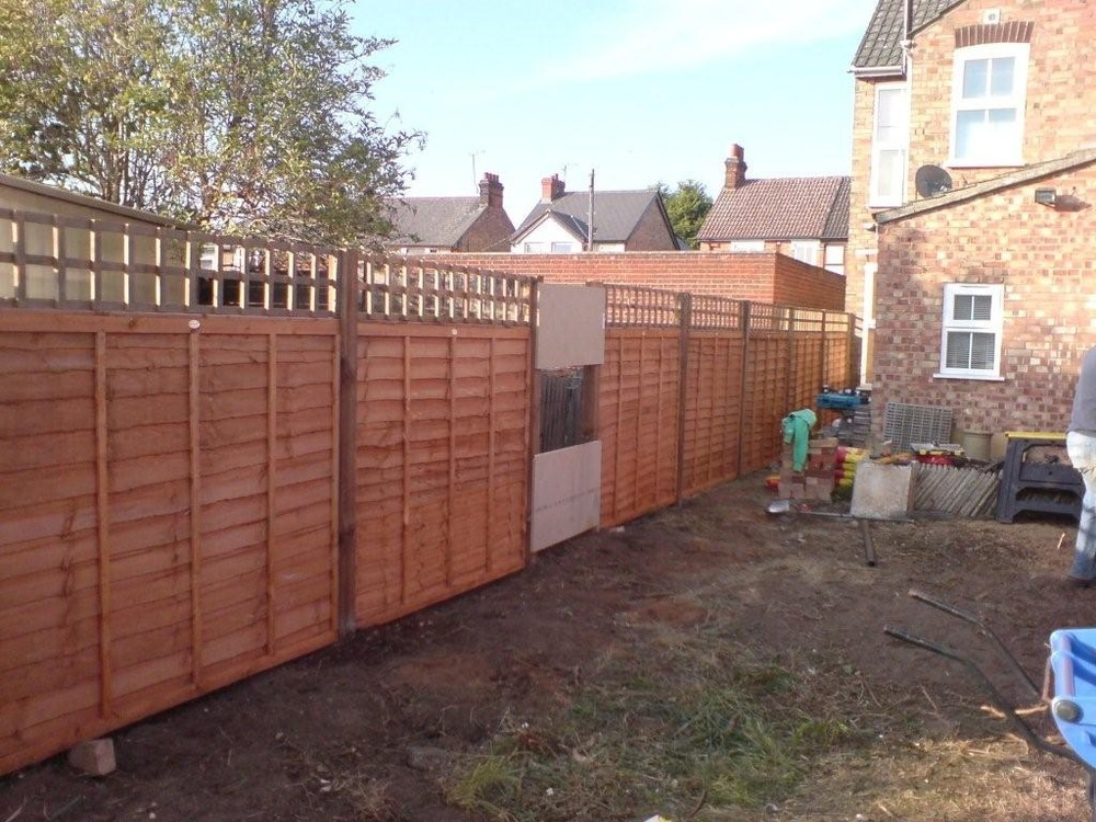 Fencing A Small Terrace House Garden Fencing Job In