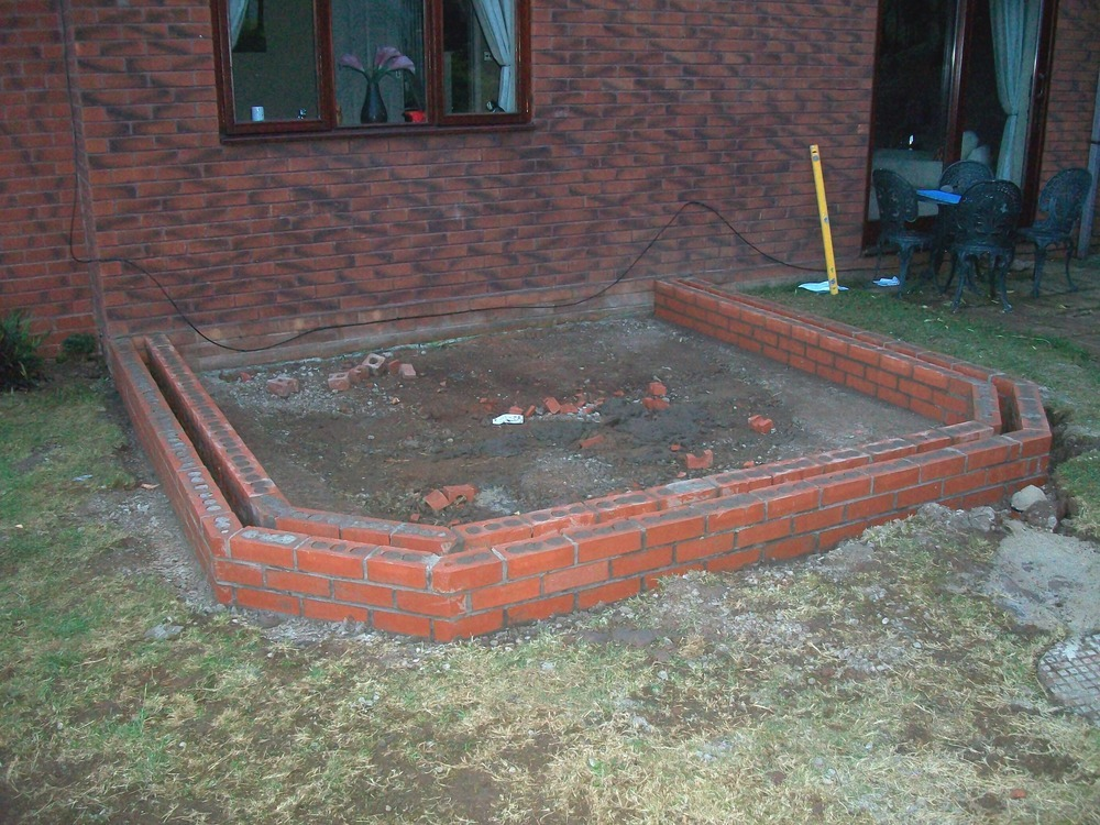 Conservatory Dwarf Wall 8 Courses Of Facing Brick
