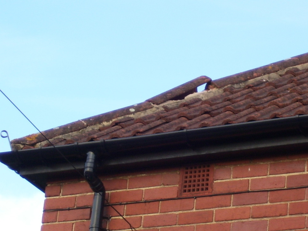 Ridge Tiles On Roof Hip Need Replacing Roofing Pitched