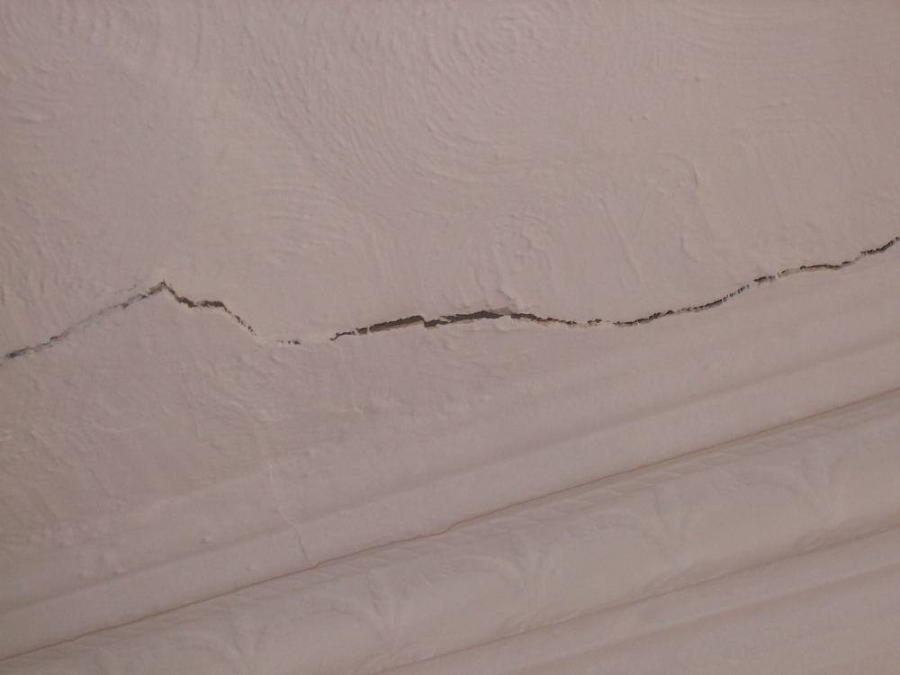 Plaster Crack In Ceiling Plastering Job In Penge South