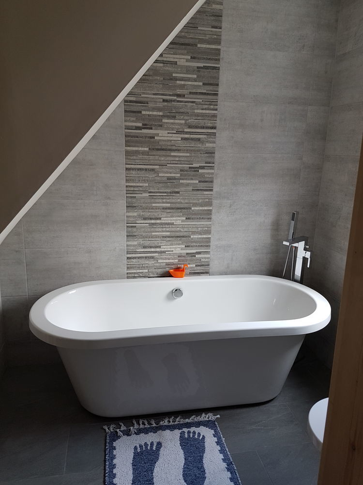Southport Bathrooms: 92% Feedback, Bathroom Fitter