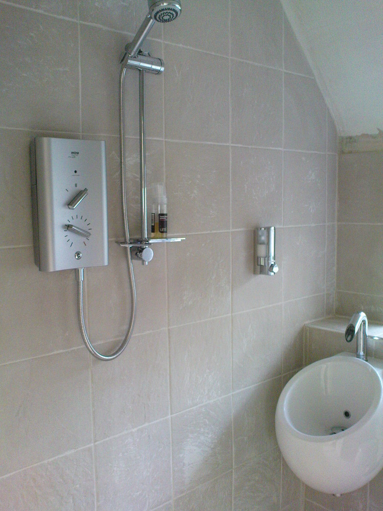 Bathroom Tiles Eastbourne matthew green all ceramic and natrural stone tiling: bathroom