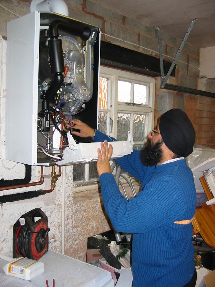 DEV HEATING AND PLUMBING Heating Engineer In Greenford