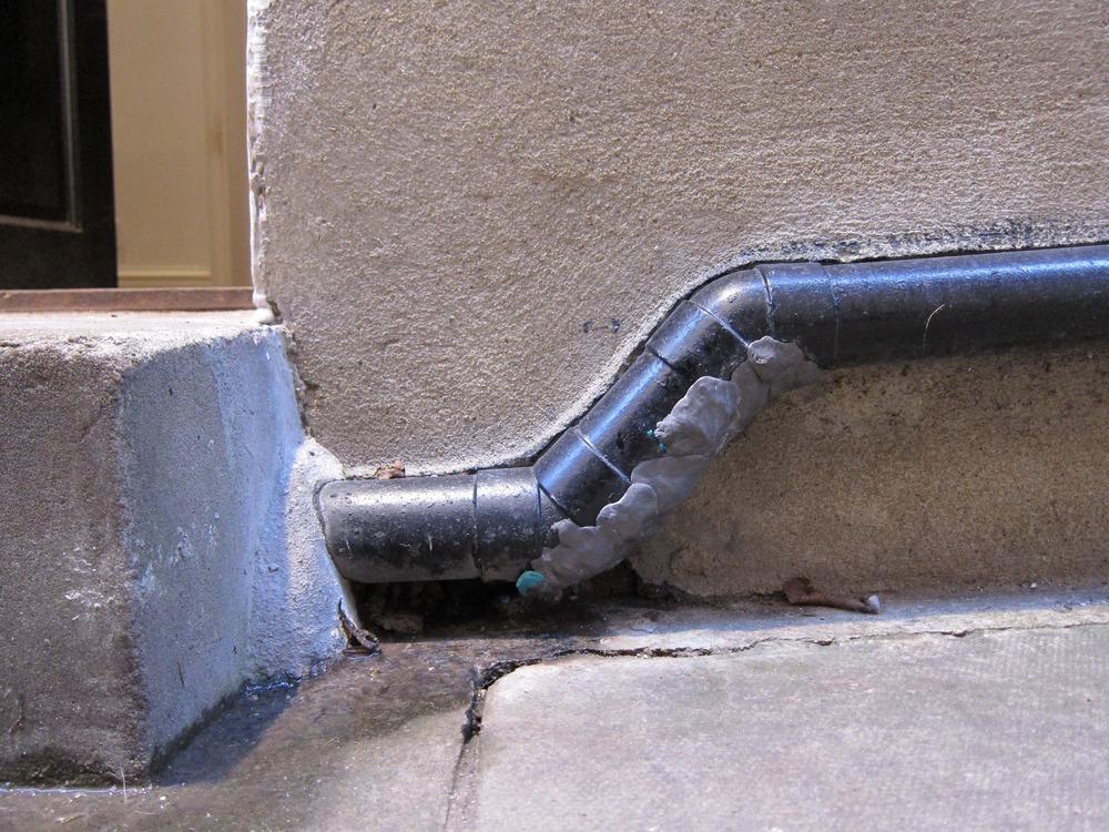Leaking External Drain Pipe Needs Repair Plumbing Job In