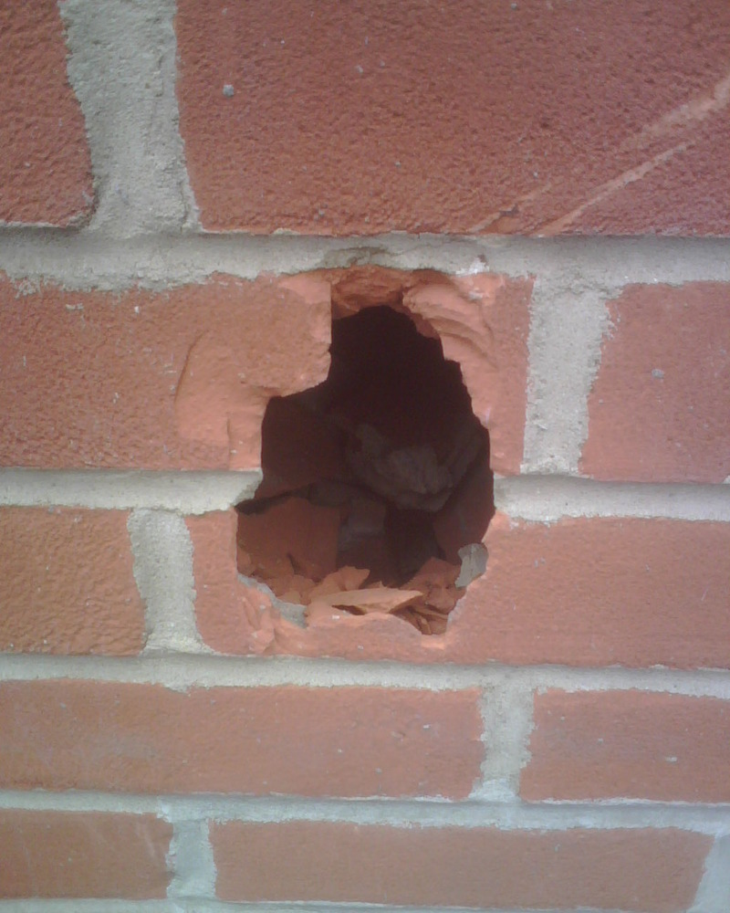 Reapir Small Hole In Brick Wall Bricklaying Job In