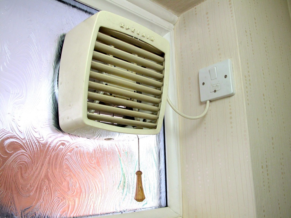 Bathroom Extractor Window Fan : Fit xpelair bathroom extractor fan electrical job in