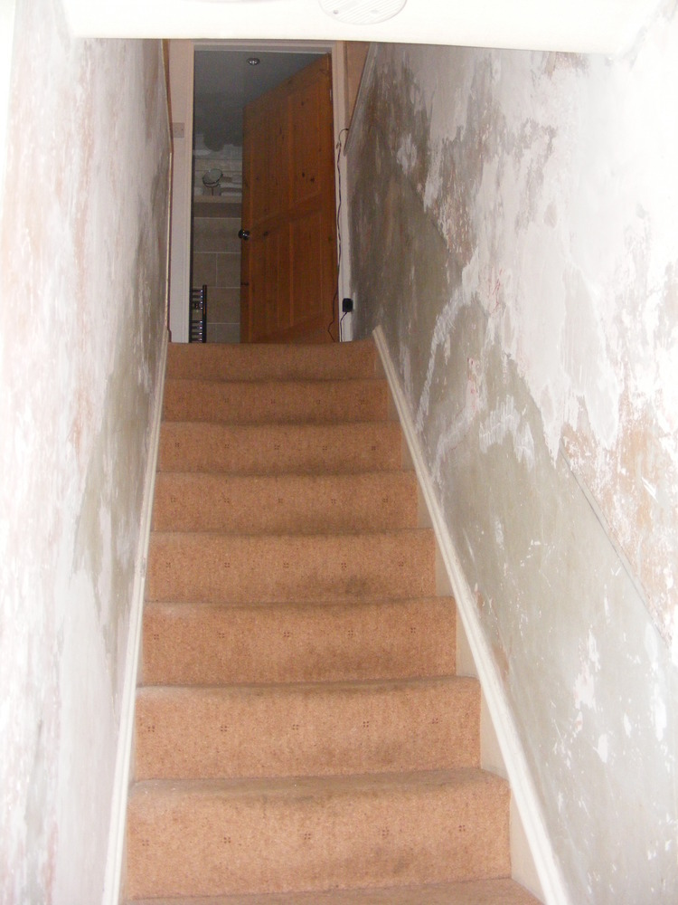Wallpaper hall stairs landing painting decorating - How to wallpaper stairs and landing ...