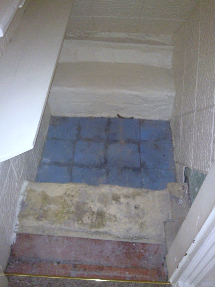 Lay Floor In Under Stairs Cupboard Damp Proofing Job In