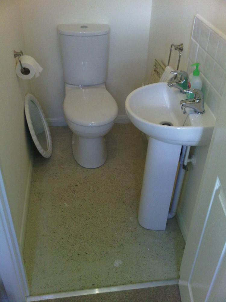 Tile Cloakroom Flr Splashback Replace Tile Floor Of Downstairs Cloakroom Tiling Job In