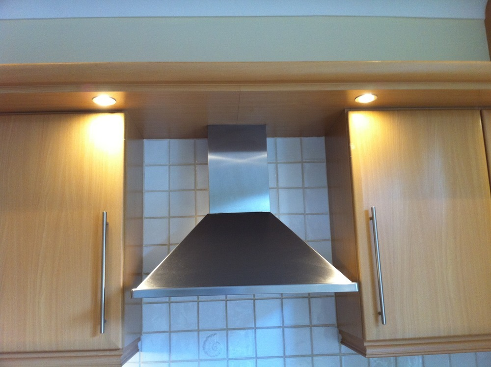 Replace Kitchen Chimney Cooker Extractor Handyman Job In