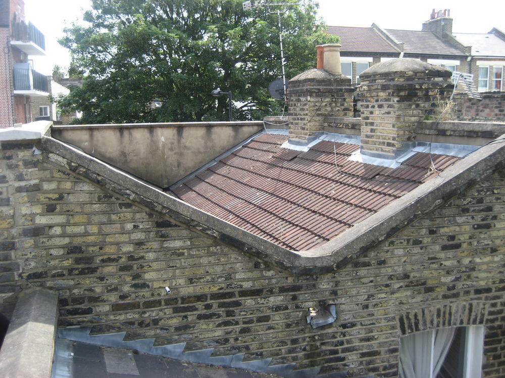 Roof Valley Gutter Work Roofing Job In Clapton East