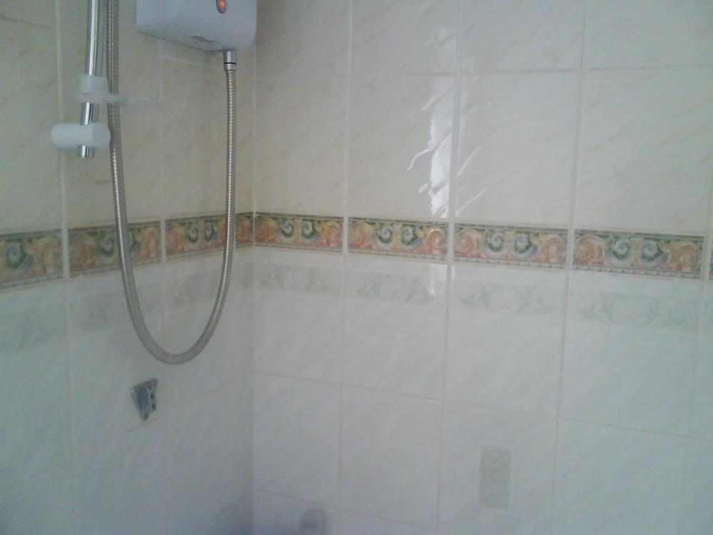 Tiling In Bathroom And Splashback Tiles In Kitchen
