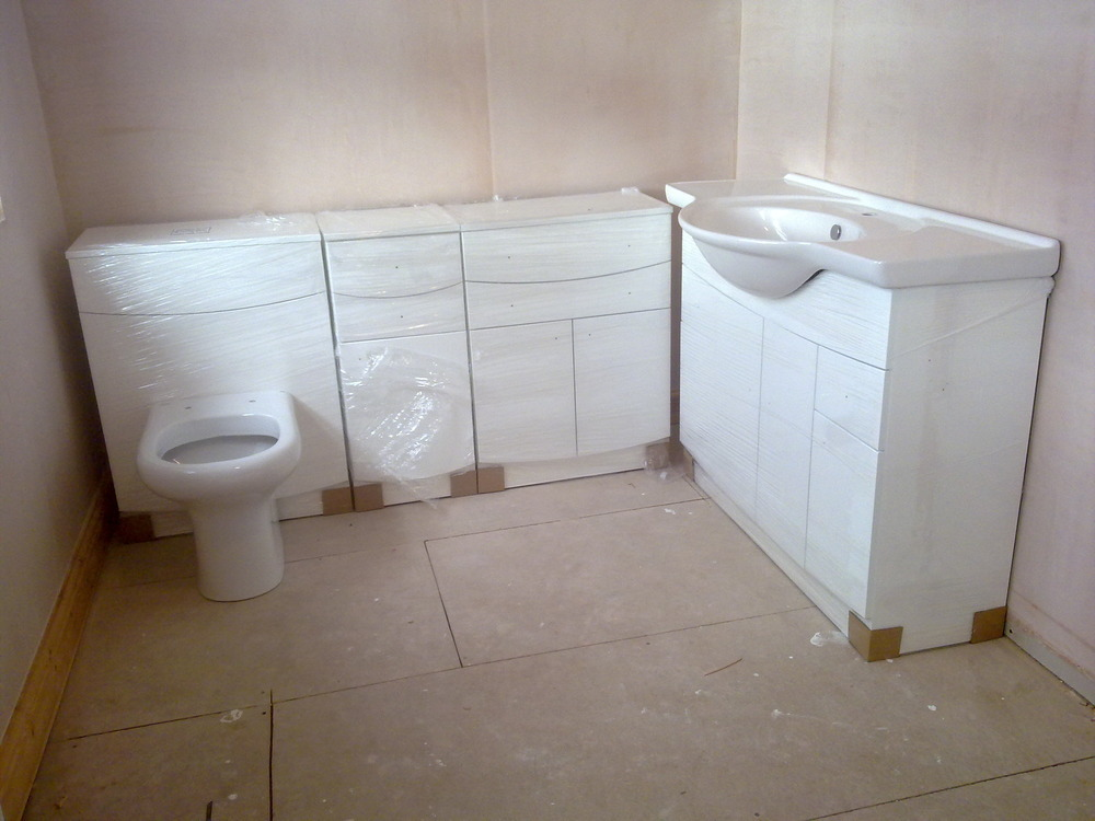 Bathroom Units, Sink And Toilet To Be Fitted.   Bathroom Fitting Job .