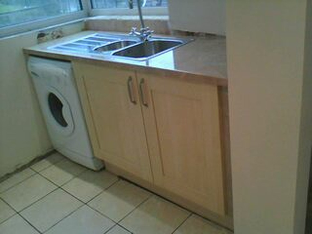 William Bradley 100 Feedback Kitchen Fitter In Coventry