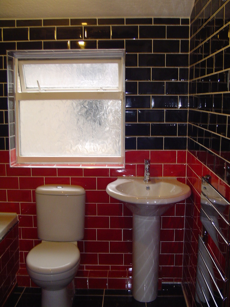 Beemack property services bathroom fitter in grimsby for Bathroom fitters grimsby