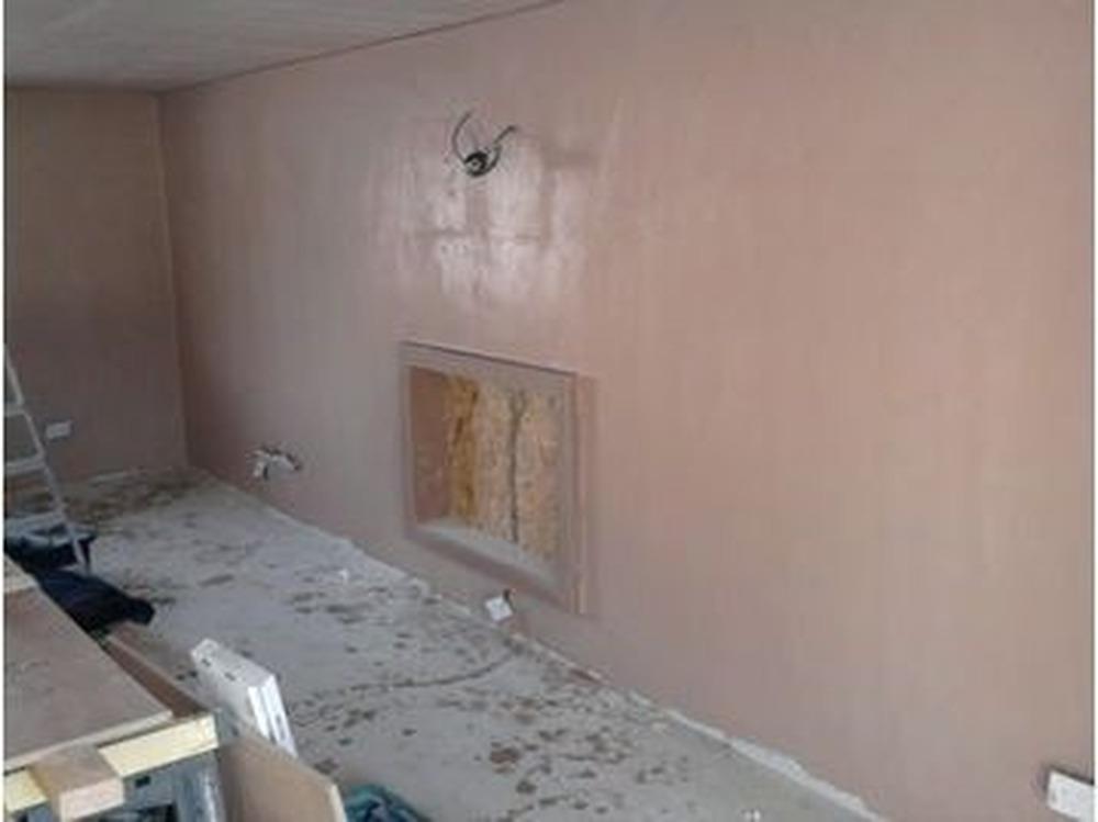unique plastering service: Tiler in Falkirk