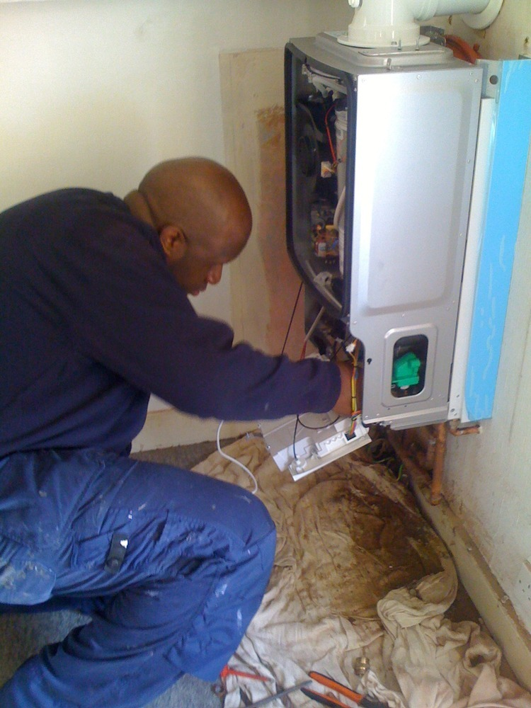 Amm Plumbing And Heating Heating Engineer In London