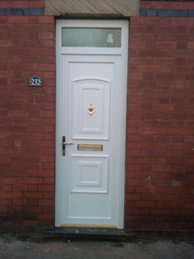 Photo gallery & Simply Doors: Window Fitter in Bedford