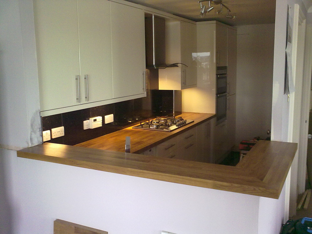 Centre Stage Interiors 100 Feedback Kitchen Fitter In
