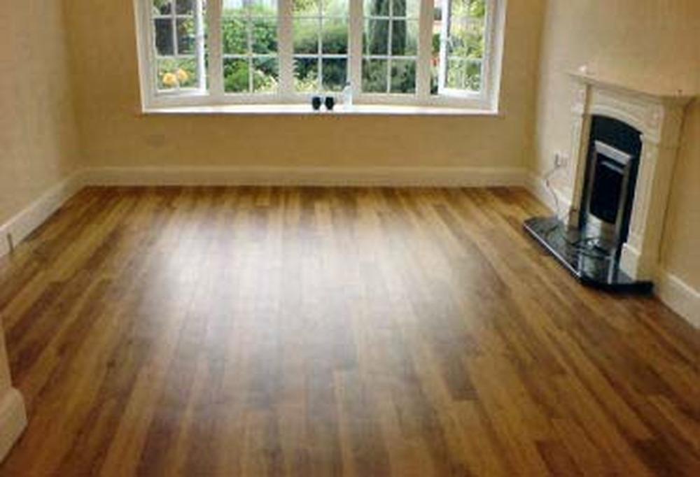 Travis Floor Fitters 100 Feedback Flooring Fitter In