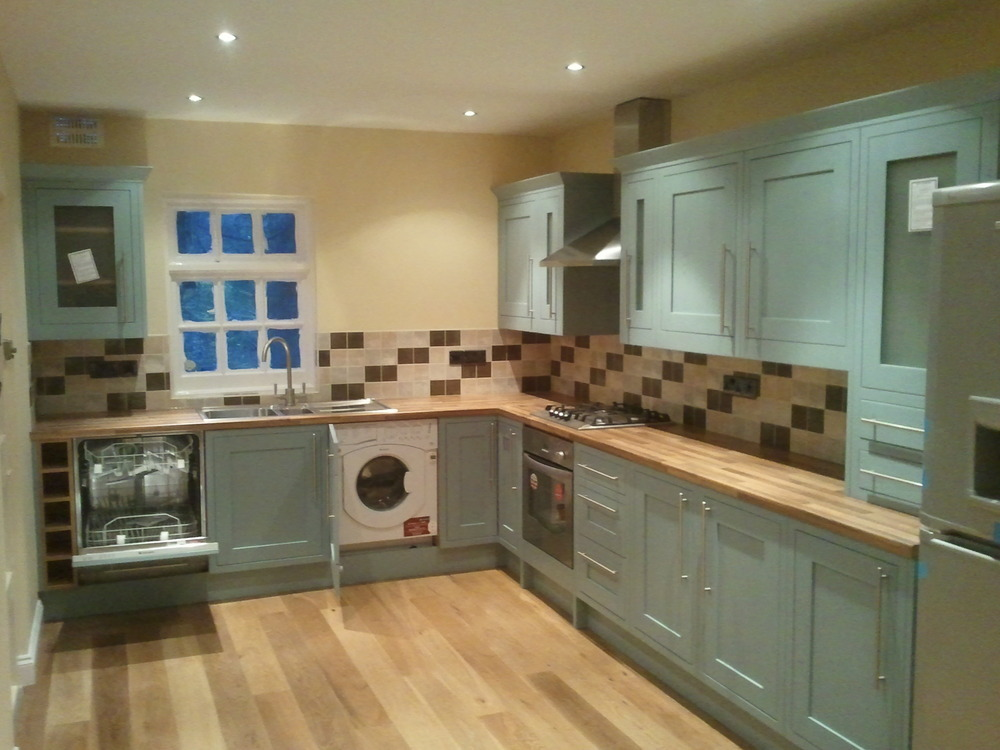Painter And Decorator Prices >> sikocarpentry: 100% Feedback, Kitchen Fitter, Carpenter & Joiner, Painter & Decorator in London
