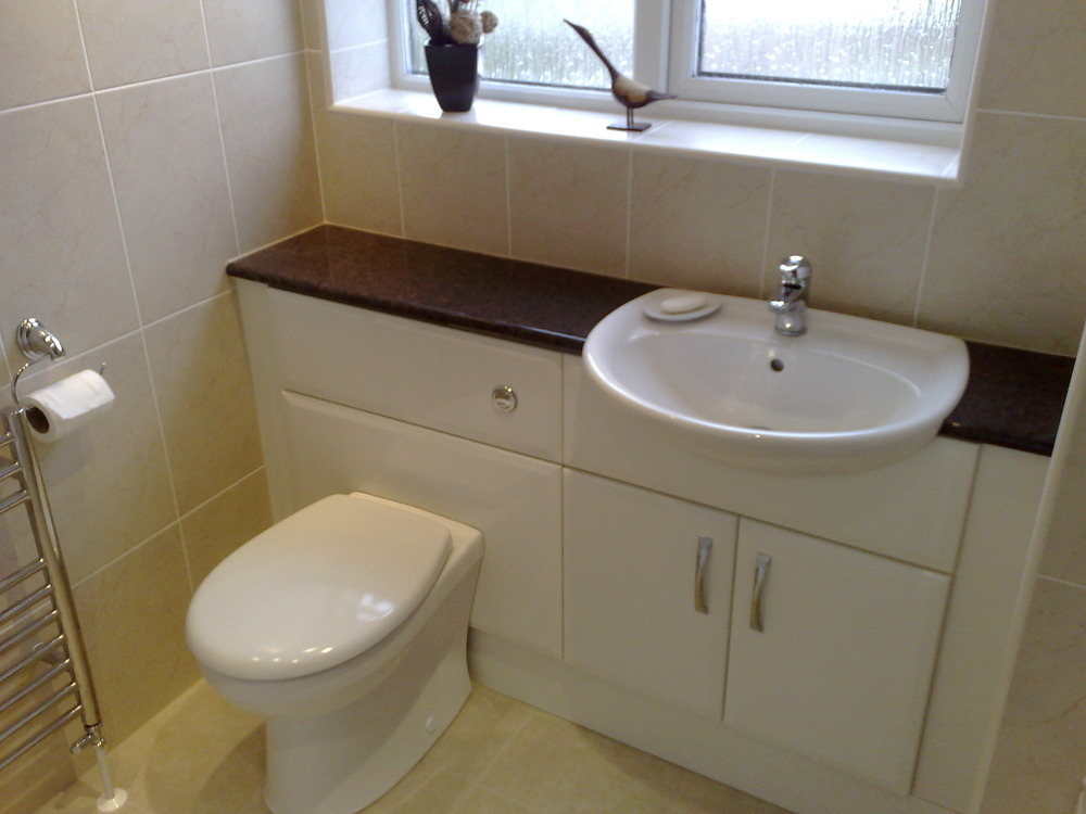 Iap bathrooms 100 feedback bathroom fitter in northampton for Bathroom design northampton