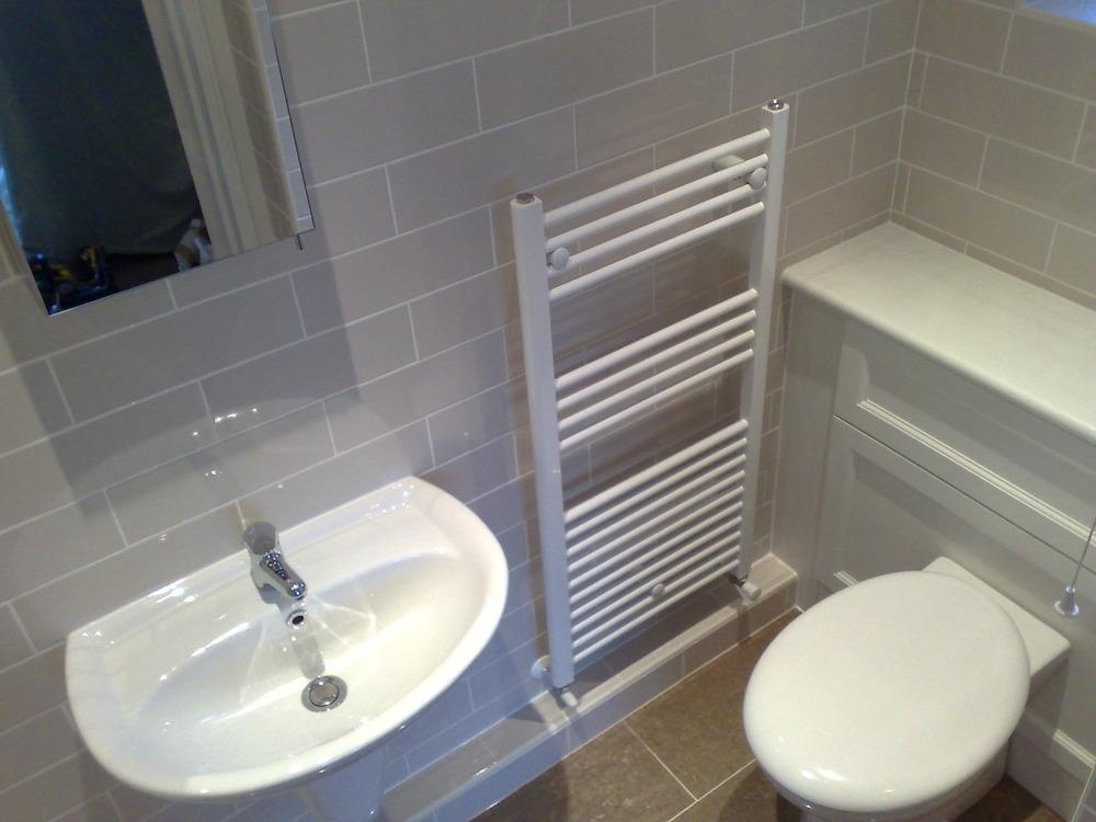 Iap bathrooms 100 feedback bathroom fitter in northampton for Bathroom design northampton