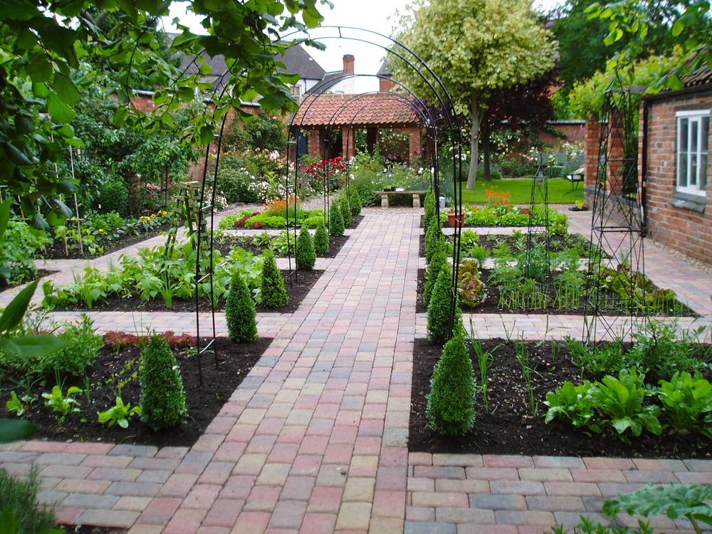 A Selection Of Small Garden Designs That We Ve Completed: Barrow Landscapes: Landscape Gardener In Loughborough
