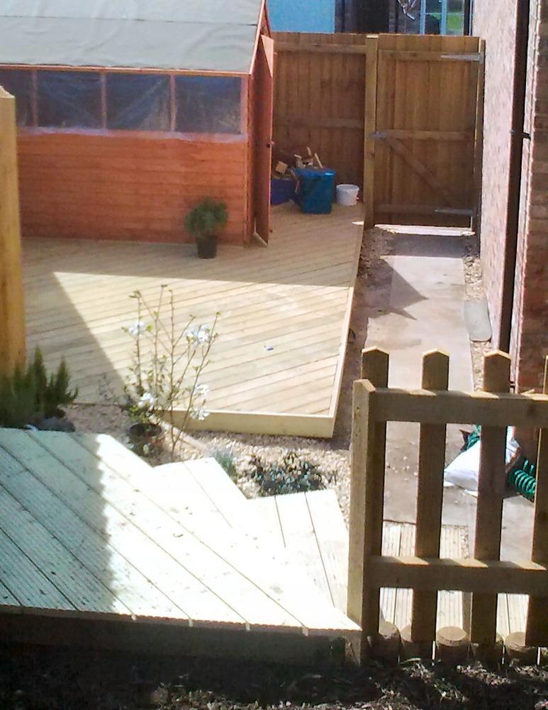 D g installations kitchen fitter in newport for Gwent garden designs ltd