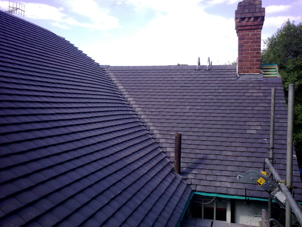 B T B Roofing Services 100 Feedback Roofer Fascias
