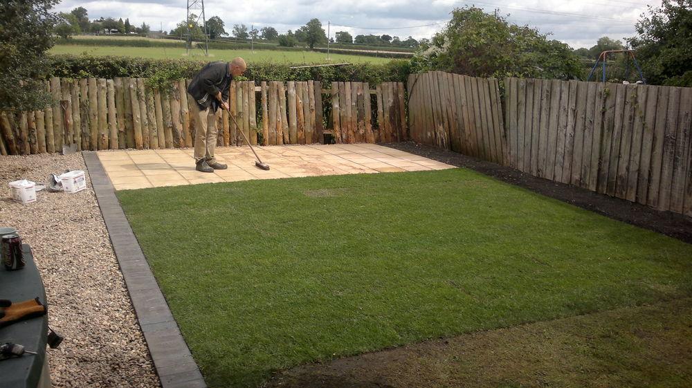 Landscape Garden Nuneaton : Feedback driveway paver fencer landscape gardener in coventry