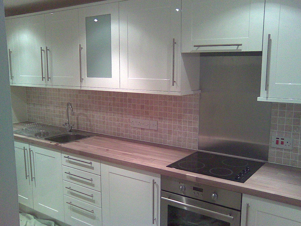 Wickes kitchen and bathroom l and t home improvements 100 for Wickes bathroom wallpaper