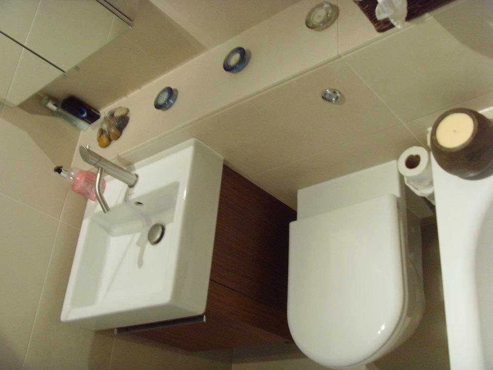 City Plumbing Godalming Lcs Plumbing Tiling Services 100 Feedback Bathroom Franziska Kuffer