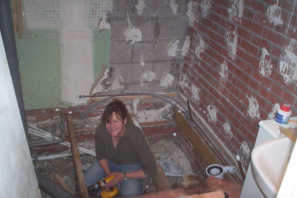 able girl plumbing  99  feedback  plumber  gas engineer