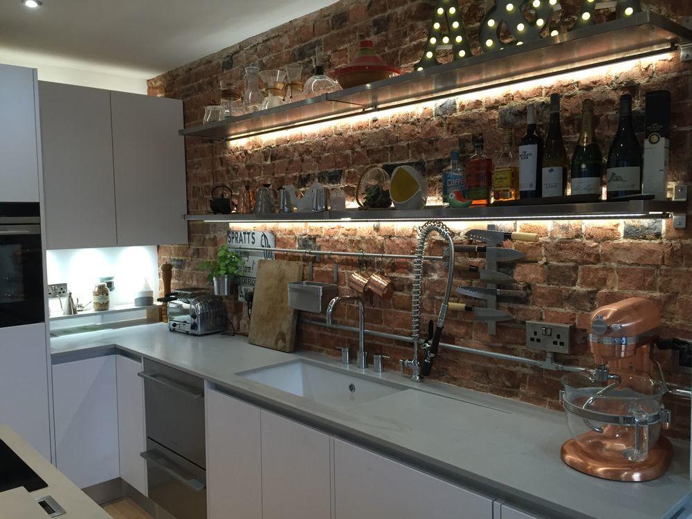 London Kitchen Designer 100 Feedback Kitchen Fitter In