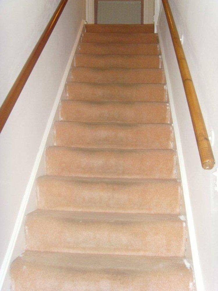 Stairs And Landing Carpet Fitting Carpet Amp Lino Job In